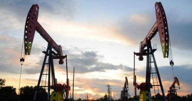 أسعار النفط تسجل 42.55 دولار لبرنت و40.26 دولار للخام الأمريكي