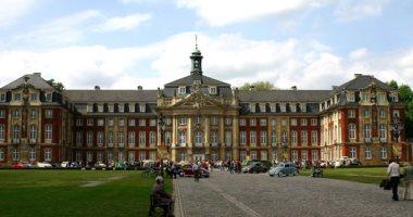 عميد كلية إعلام بإحدى جامعات ألمانيا يوضح عناصر النجاح فى الغرب