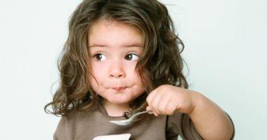 الزبادى يقلل السمنة عند الأطفال ويحميهم من أمراض خطيرة فى المستقبل