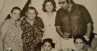 4 أجيال × صورة من أرشيف أسرة حسن مصطفى وميمى جمال
