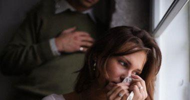 زوجة بمحكمة الأسرة تشكو حماتها بعد محاولة طعنها بسبب رفضها المكوث معها