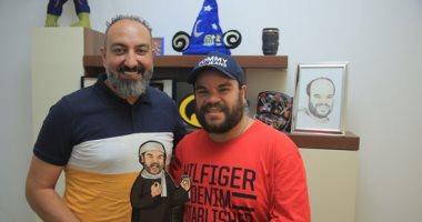 """محمد عبد الرحمن يروى قصة البقسماط فى عزاء صديقه و سر دموعه فى """"من غير زعل"""""""