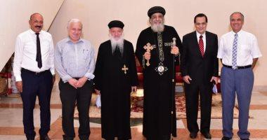 البابا تواضروس يبحث مشروعات كنيسة مار جرجس هليوبوليس مع مجلس إدارتها