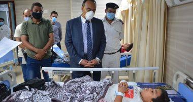 نائب محافظ المنيا يتابع حالة المصابين فى حادث تصادم سيارة بميكروباص.. صور