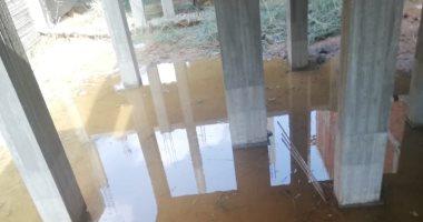 اهدار مياه الشرب بسبب كسر ماسورة بالمجاورة 80 بمدينة العاشر من رمضان
