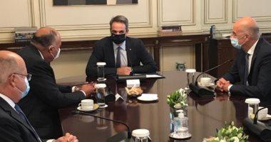 سامح شكرى يبحث تطوير العلاقات الثنائية مع رئيس الوزراء اليونانى