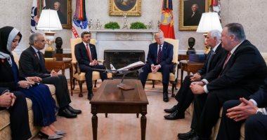 صور.. ترامب ووزير خارجية الإمارات يبحثان آفاق معاهدة السلام مع إسرائيل