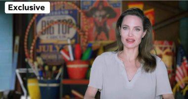 أنجلينا جولي في ضيافة It's Show time على cbc الأحد المقبل.. صور