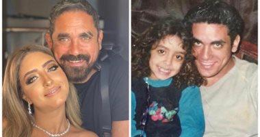 أمير كرارة يسترجع ذكرياته مع شقيقته بصور فى الطفولة والشباب
