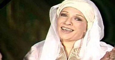 اليوم السابع يكرم أم البطل شريفة فاضل فى عيد ميلادها بمنزلها.. صور