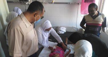 إصابة 7 أشخاص من أسرة واحدة فى حادث تصادم سيارة ملاكى بحاجز ترابى بالقصير