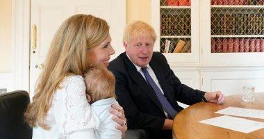 صحف بريطانية: رئيس الوزراء لا يستطيع تحمل نفقة مربية بسبب خفض راتبه