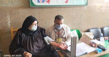 الكشف على 1224 مريض بالقافلة الطبية العلاجية بمنشأة أبو عامر بالحسينية