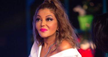 """سميرة سعيد تنشر صورا جديدة من حفلها الغنائي على """"تيك توك"""""""