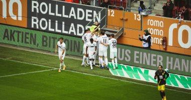دورتموند يسقط أمام أوجسبورج بثنائية فى الدوري الألماني.. فيديو