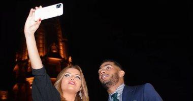 محمد رمضان ينشر صورا من كواليس حواره مع إيمان الحصرى على شاشة dmc
