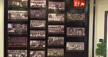 إنجازات نجوم الكرة على الجدران.. تعليق صور عزمى مجاهد