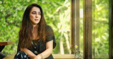 كندة علوش تحتفي بردود أفعال جمهورها على الحلقة الأولى من حكاية ضي القمر.. صورة