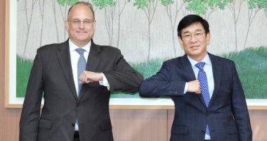 كوريا الجنوبية وواشنطن توافقان على إجراء محادثات رفيعة المستوى بشأن نزع السلاح