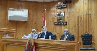 تعليم القاهرة تعلن تشغيل 30 فصلا متنقلا للتغلب على الكثافات