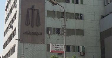 إحالة عامل إلى الجنايات بسوهاج بعد اتهامه بقتل شقيقته