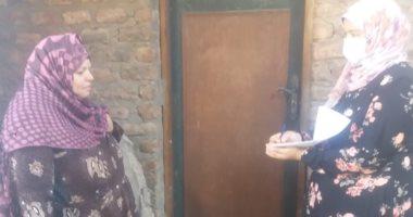 """وزارة الهجرة تنفذ 21600 زيارة ضمن حملة """"طرق الأبواب"""" فى 19 قرية بالمنيا"""