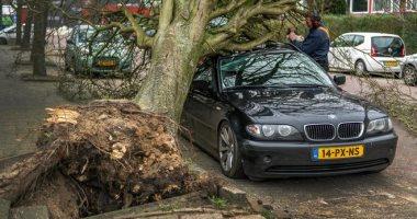 مصرع 3 أشخاص وإخلاء منازل فى إيطاليا بسبب الطقس السيئ والعواصف الرعدية