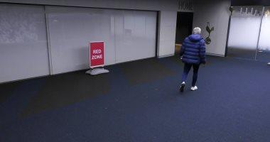 """لقطة اليوم.. مورينيو يترك أرضية الملعب لاستدعاء داير من الحمام """"فيديو وصور"""""""
