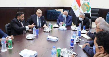 محافظ الوادي الجديد ورئيس هيئة تنمية الصعيد يبحثان دعم المشروعات الاستثمارية