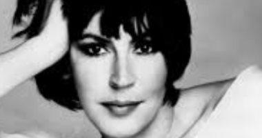 وفاة المغنية الأسترالية هيلين ريدى عن عمر يناهز 78 عاما