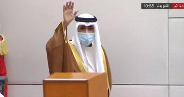 أمير الكويت يبكى الأمير الراحل صباح الأحمد فى جلسة أداء اليمين الدستورية