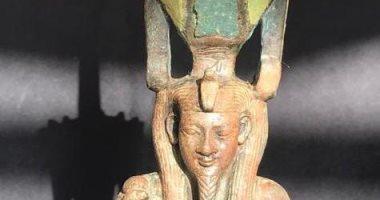 شاهد تمثال نفرتوم البرونزى المطعم بالأحجار الكريمة ضمن اكتشافات سقارة