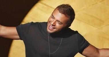 """رامي صبري يطلق أحدث أغانيه """"خليني أشوفك تاني"""" .. فيديو"""