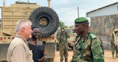 جولة لمدير عمليات القيادة الأمريكية بجيبوتي والصومال وكينيا لمواجهة الإرهاب