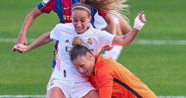 سيدات برشلونة يلقن ريال مدريد درساً قاسياً فى أول كلاسيكو رسمى.. ألبوم صور