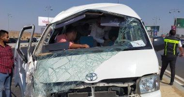 صورة إصابة 6 أشخاص بحادث انقلاب سيارة على طريق شبرا بنها الحر