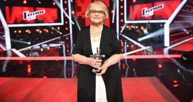 الختارقة مسنة 91 عاما تحسم لقب مسابقة ذا فويس الروسية فيديو وصور