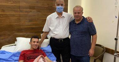 محمد شوقى غريب يبدأ المرحلة الثانية من برنامج علاج الرباط الصليبى