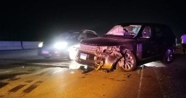 إصابة مواطن فى حادث تصادم سيارتين بطريق المقطم
