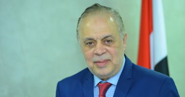 أشرف زكى: فى انتظار اعتذار واضح وصريح من نائب البرلمان لجموع فناني مصر