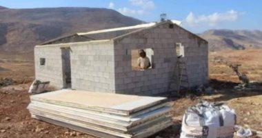 مستوطنون يقيمون بؤرة استيطانية جديدة على أراضى قرية قرب رام الله