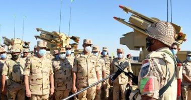 الفريق محمد فريد يشهد المرحلة الأولى لتفتيش حرب إحدى تشكيلات الجيش الثالث