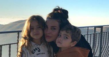 نادين نسيب نجيم في أحدث ظهور لها مع أطفالها