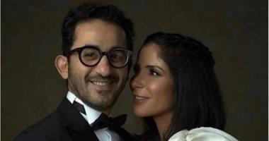 قصة حب أحمد حلمى لزوجته منى زكى في عيد ميلادهما