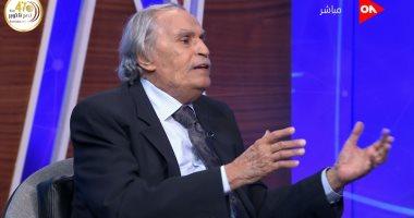 عزت العلايلى: محمود ياسين كان فنان رائع طاغى فى حضوره وأدائه عن أبناء جيله