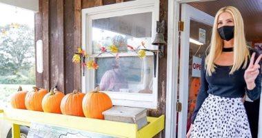 إيفانكا ترامب فى زيارة لمزرعة فى نورث كارولينا وتتناول الفطور مع المزارعين