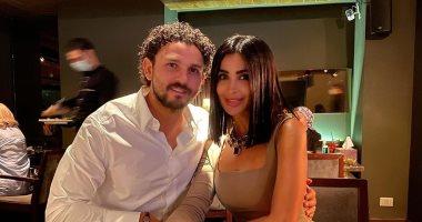 حسام غالى يحتفل بعيد ميلاده الـ 39 برفقة زوجته.. صور