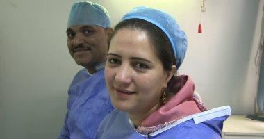 نادية ثابت تهدى زوجها الكبد