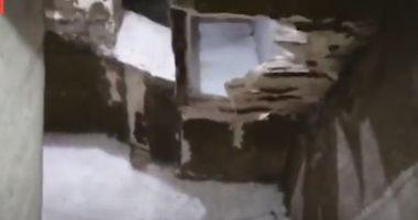 صورة انهيار سلم بعقار فى شارع عثمان حفنى المشابك أسفل كوبرى فيصل..فيديو