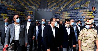 رئيس الوزراء يتفقد تشطيبات الصالة المغطاة بـ6 أكتوبر استعدادا لكأس العالم لليد